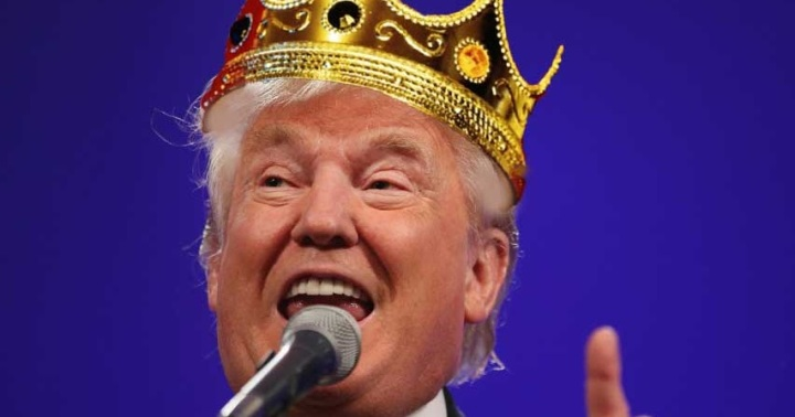 DonaldTrumpCrown