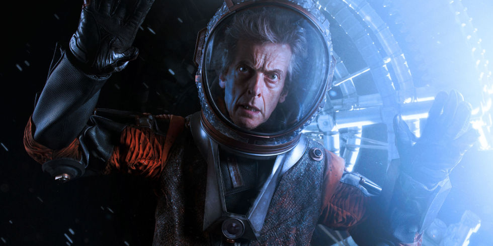 landscape-1494348085-the-doctor-oxygen-doctor-who